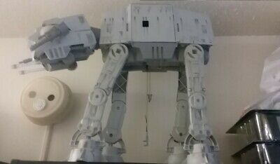 Star Wars Empire Strikes Back Power of the Force AT-AT