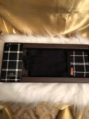 NWT! Coach Soft Knit Gloves W/Logo & Iphone Case Color Black/White