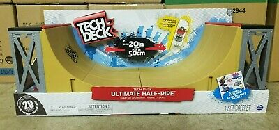 Tech Deck - Ultimate Half-Pipe Ramp and Exclusive Signature Pro Board Included