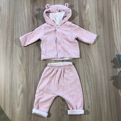 Baby gap girls Reversible Tracksuit 0-3 Months Worn But Still In Great Condiotn