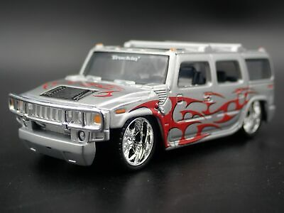 2003-2009 Hummer H2 Suv Rare 1:64 Scale Collectible Diorama Diecast Model Car