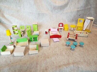 Lot of Wood Kitchen family bedroom dining and Bathroom Doll House Furniture 27pc
