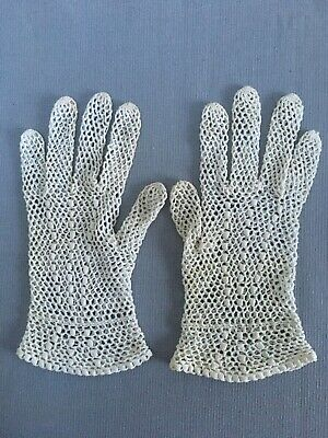 Vintage 1940s 50s Crochet Gloves In White Cotton Home Front