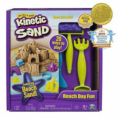 Kinetic Sand, Beach Day Fun Playset with Castle Molds, Tools, and 12 oz sand