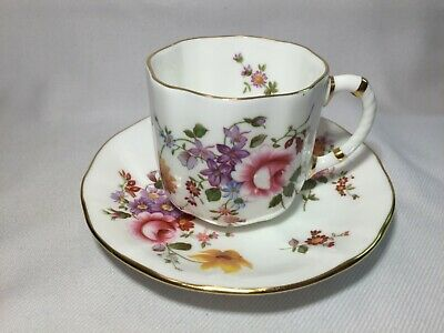 Royal Crown Derby English Bone China Mokkatasse mit Untertasse