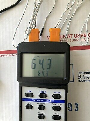 VWR 61220-605 Dual Channel Digital Traceable Thermometer & Thermocouple Probes