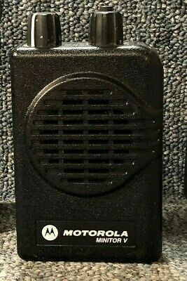 Motorola Minitor V (5) 2-Channel VHF Stored Voice SV Pager 143-151 MHz VERY GOOD