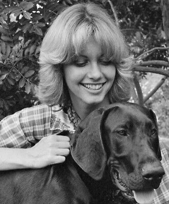 Olivia Newton John - And Her Dog !!!