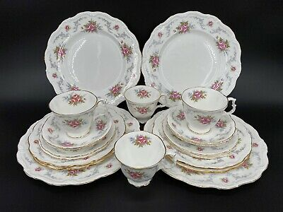 Royal Albert Tranquillity 5 Piece Setting x4 Bone China England 20 Pieces
