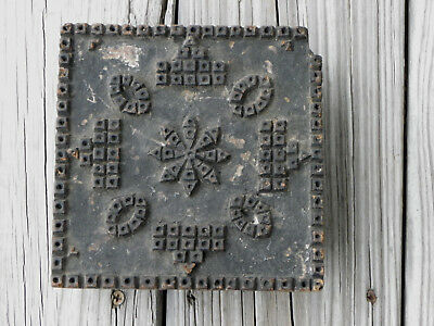 """Vtg or Antique 6"""" x 6"""" Wooden Print Block-Block & Oval Design with Center Star"""