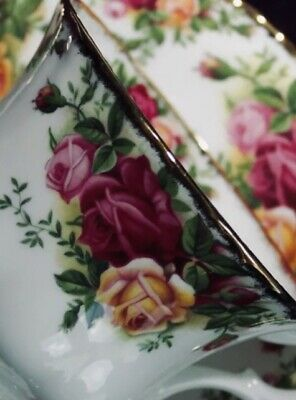Royal Albert Old Country Roses China - 5 Piece Place Setting (1) Dinnerware