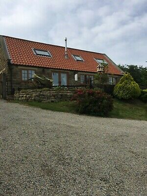 Cottage / Panoramic Coastal  Views  Over  Robin  Hoods  Bay   Set In  3 Acres.