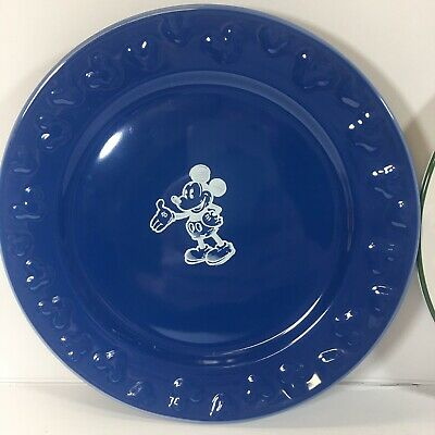 Walt Disney Land Collector Plates Lot Of 4 2 Mickey Mouse And 3 Disney Princess