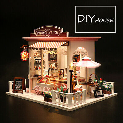 Doll House Wooden Dollhouse Miniature Assembling 3D Puzzle Toy DIY Kit LED