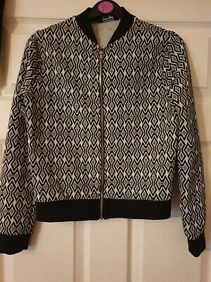 Matalan Girls Black And White Patterned Jacket AGE12 good condition.