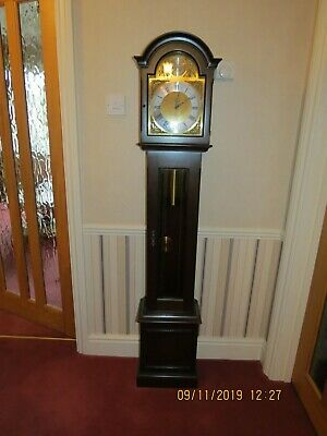 Grandfather Clock Reproduction Mahogany, Chimes 15 30 45 minutes and all hours
