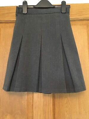 School Skirt 10 Years M&S Girls Grey Pleated Traditional Adjustable Waist VGC