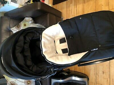 Babyzen Yoyo Buggy Pushchair With Rain Cover Foot Muff Excellent Condition