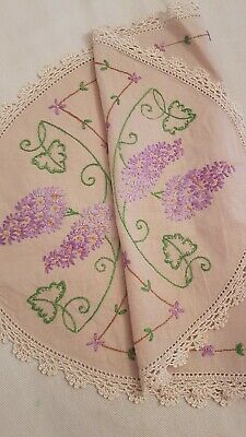 Gorgeous PURPLE LILAC Vintage Hand Embroidered Centrepiece/mat
