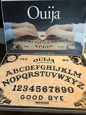 1992 PARKER BROTHERS OUIJA BOARD Game Vintage SET - Nice Board (14)