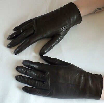 VINTAGE FINE LEATHER Chocolate Brown Gloves  Size 6 -6 .5 Approx BEAUTIFUL