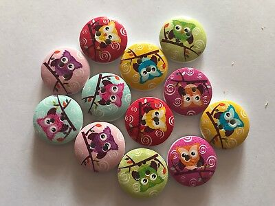 12 Bright Owls Mixed Wooden Buttons - Sewing, Craft, Scrapbooking,Quilting