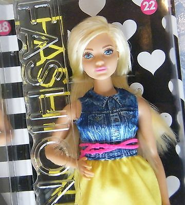Barbie Curvy Fashionistas Doll  New, Never removed from Box.