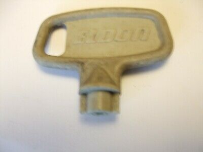 ELDON panel enclosure key. no 5