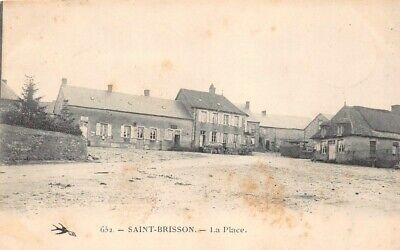 SAINT-BRISSON - la Place