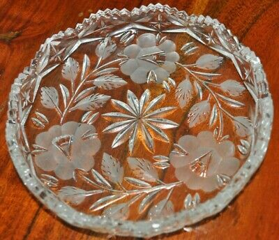 VTG Beautiful American Brilliant cut glass relish dish saw tooth rim Daisies