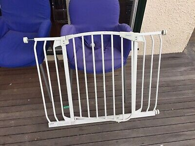 Dream Baby Safety Gate White Adjustable 98cm Wide