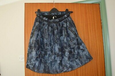 Ladie's/Girl's Blue/black patterned skirt from River Island size 8