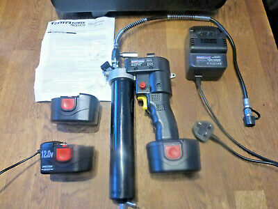 Sealey 12v Cordless Grease Gun with Batteries and Case... car mechanics workshop