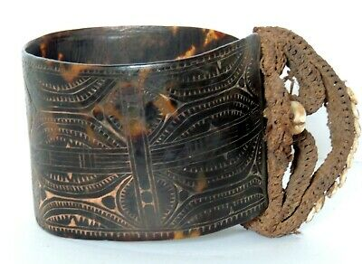 Png - Carved Shell Armband.