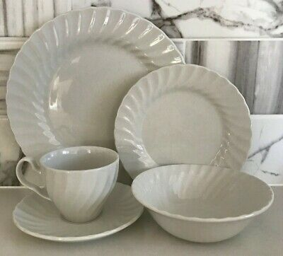 Johnson Brothers - Dinnerset -4- REGENCY White - Staffordshire England - As NEW
