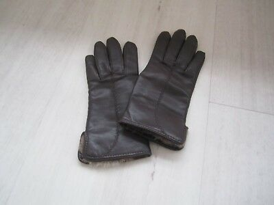 Vintage dark chocolate brown leather gloves with fur trim inside size S