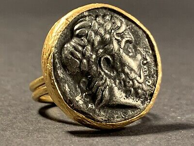 Unresearched Ancient Greek Ring With Bust Insert - Highly Decorated