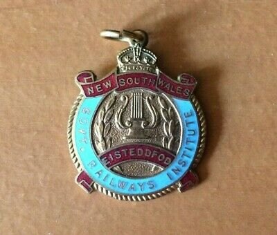 1962 New South Wales Eisteddfod Government Railways Institute Badge