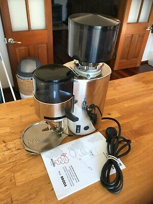Bezzera Coffee Grinder SEMI-AUTOMATIC DOSER GRINDER  **AS NEW**