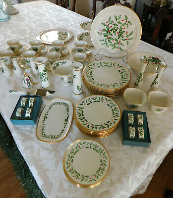 Lenox Holiday 67 Pieces of China 8 - 5pc Place Settings w/27 Additional Pieces