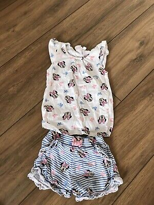 Minnie Mouse Summer Set for girls.  Size 2-3 Tshirt & Shorts Set.