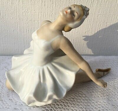 Wallendorf Germany (?) Ballerina Swan Lake Series Dying Swan Figurine (474)