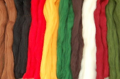 Xmas Merino Wool dyed fibre roving / tops - Hand spinning - needle felting 50g