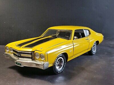 ERTL American Muscle 1970 Chevy Chevelle SS 454 1:18 Scale Diecast Muscle Car