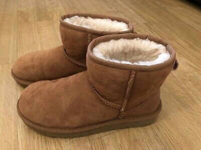 Chestnut Mini Ugg Boots Size 4 - Perfect condition! Only Worn Once! Outgrown!
