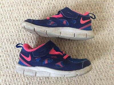 Girls Nike Infant UK 9.5 EUR27 Blue and pink trainers