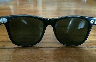 Vintage Pair Of Bausch & Lomb Rayban Wayfarers Sunglasses With Leather Case