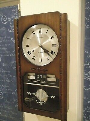 Excellent 30 Day, Striking Wall Clock With Day And Date Dials - Beautiful +