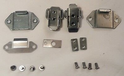 D70 Brother Knitting Machine Parts Kh230 Lid Cover Lock Assembly Plus Screws