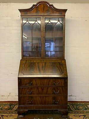 Top Quality Mahogany Chippendale Style Fitted Bureau Bookcase